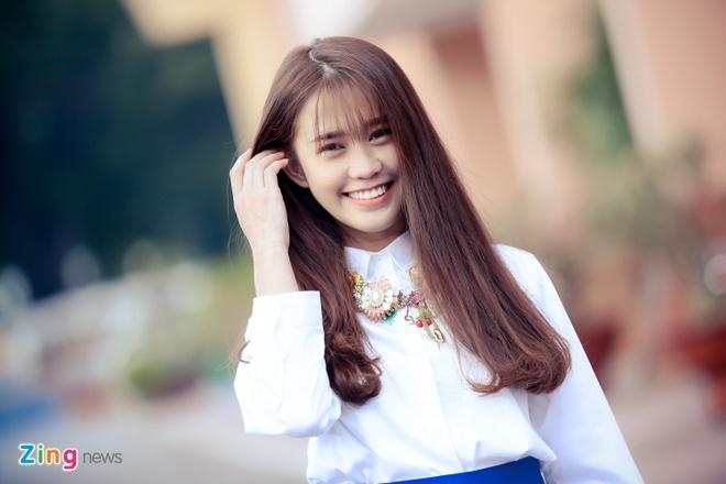 Hot girl Ngoc Thao: 'Nam nay toi lam gi cung bi chui' hinh anh 1