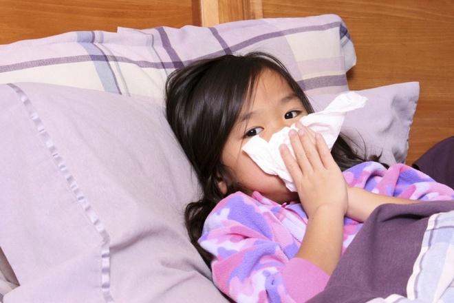 Thời tiết giao mùa dễ làm bộc phát các bệnh hô hấp.