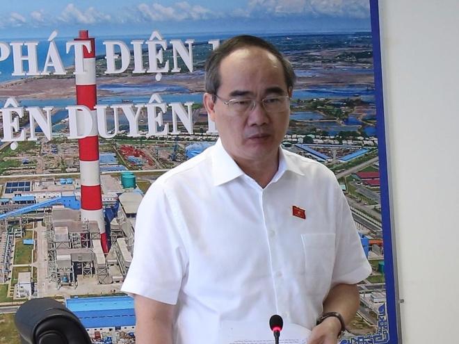 Ong Nguyen Thien Nhan kiem tra nha may Nhiet dien Duyen Hai hinh anh