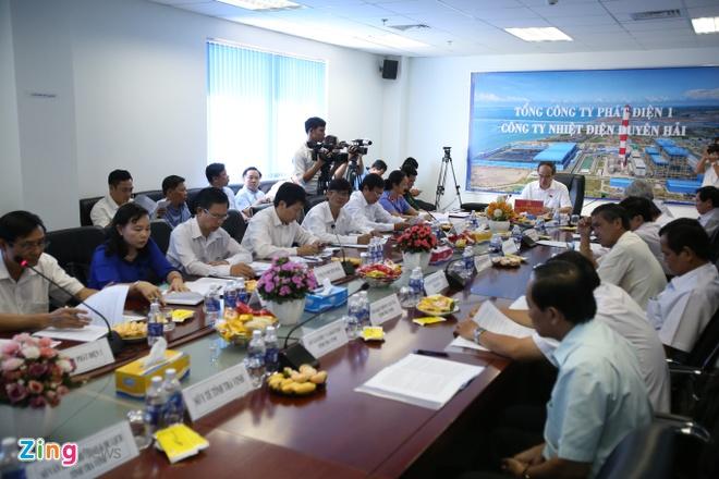Ong Nguyen Thien Nhan kiem tra nha may Nhiet dien Duyen Hai hinh anh 1