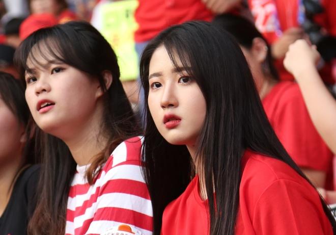 CDV nu xinh dep cua Han Quoc het minh co vu Son Heung-min hinh anh