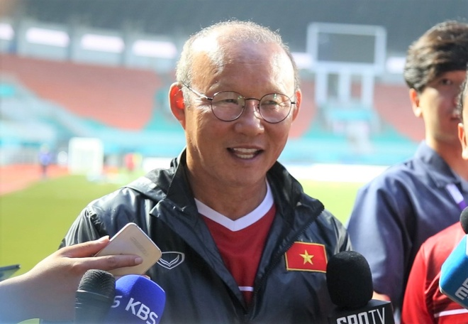 Vo HLV Park Hang Seo dong vien chong: 'Anh da vat va roi' hinh anh
