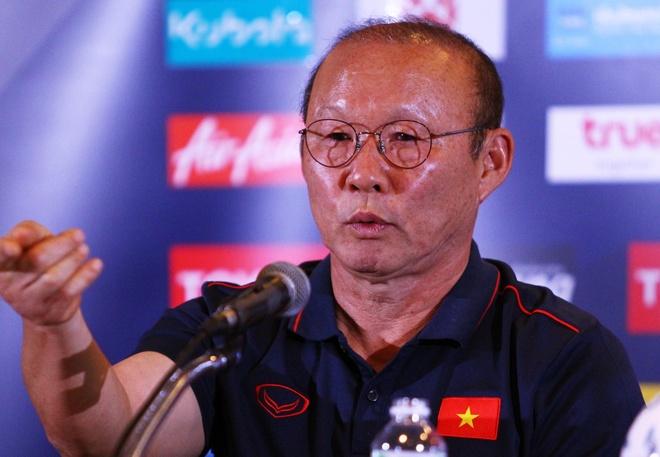 HLV Park Hang-seo khẳng định không xem thường King's Cup