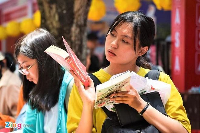 'Văn hóa đọc sách xây dựng nhân cách học sinh'
