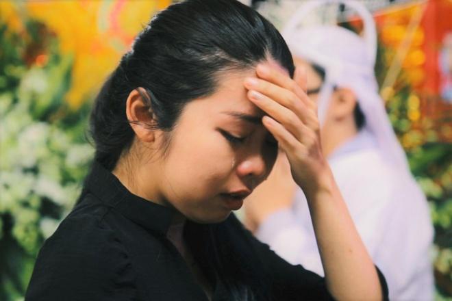 Hoc tro khoc khi chia se ve nghe si Xuan Hieu o le tang hinh anh