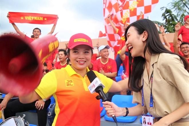 Nu CDV Quang Ninh voi cau hat 'Bay len troi la em bay ra ngoai' hinh anh