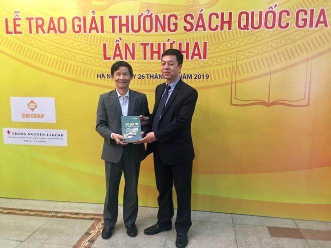 Giai Sach Quoc gia 2019; Thuc vat Chi Viet Nam; Phac hoa Nghe; Cac dan toc o Viet Nam anh 2