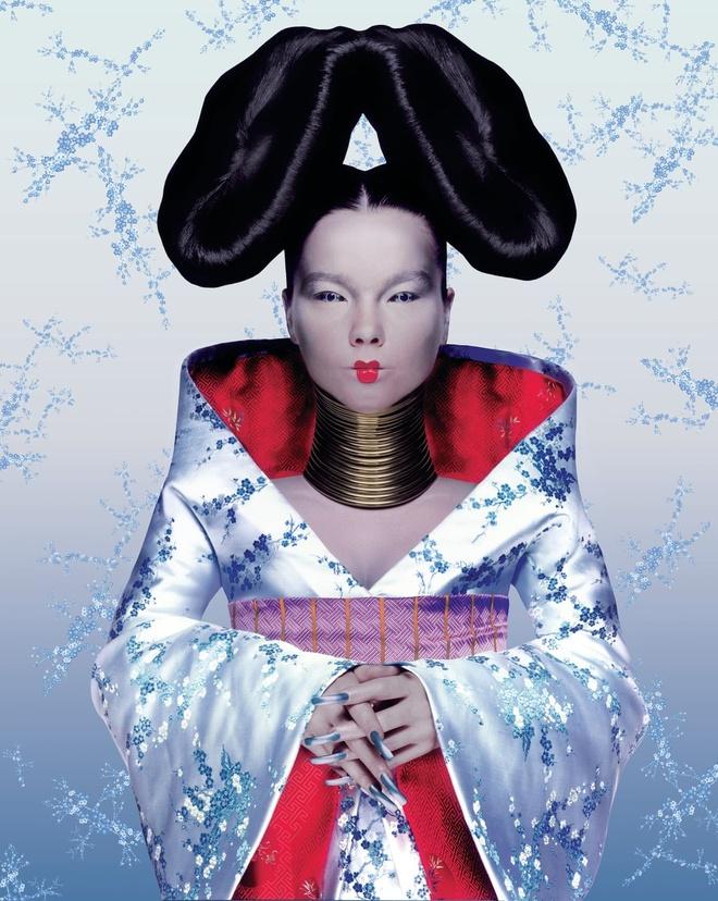 Kimono; Thoi trang quoc te; Sao Hollywood; Giorgio Armani; Chanel; Nike anh 2