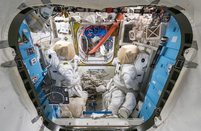 Tram vu tru quoc te ISS anh 2
