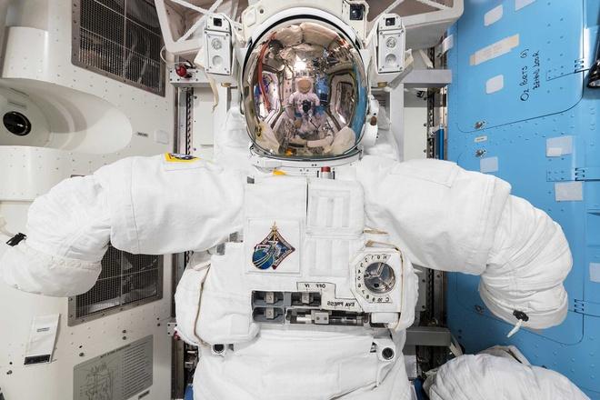 Tram vu tru quoc te ISS anh 6