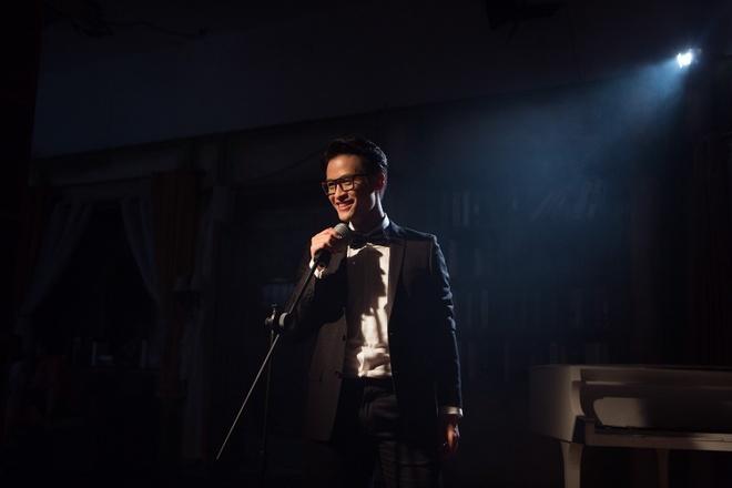 Sau 'See Sing Share', Ha Anh Tuan thang hoa voi MV dam chat nhac kich hinh anh 3