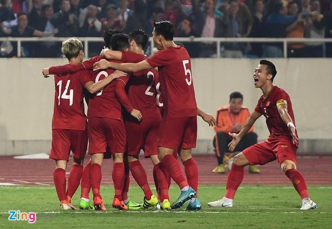 Ha UAE, tuyen Viet Nam cham moc moi tren bang xep hang FIFA hinh anh 1