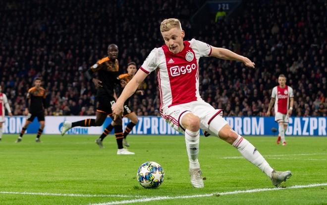 Sao Ajax noi gi ve tin don gia nhap Real Madrid hinh anh 1 van_de.jpeg