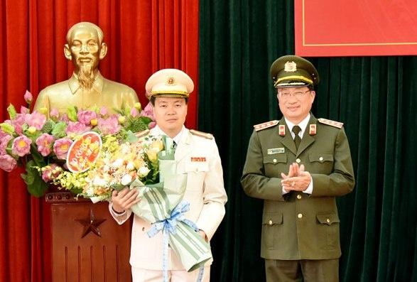 Dai ta Nguyen Ngoc Van lam Giam doc Cong an Son La hinh anh 1