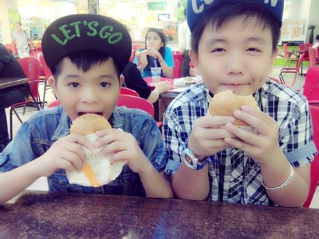Quang Anh lam gi sau The Voice Kids? hinh anh 7