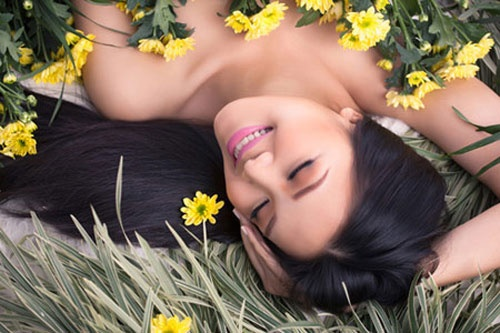 Nhung hoa hau, a hau Viet tao bao chup anh goi cam hinh anh 11