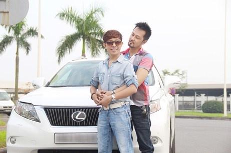 Long Nhat: 'Anh ay con muon tang toi nhan va can ho cao cap' hinh anh 2