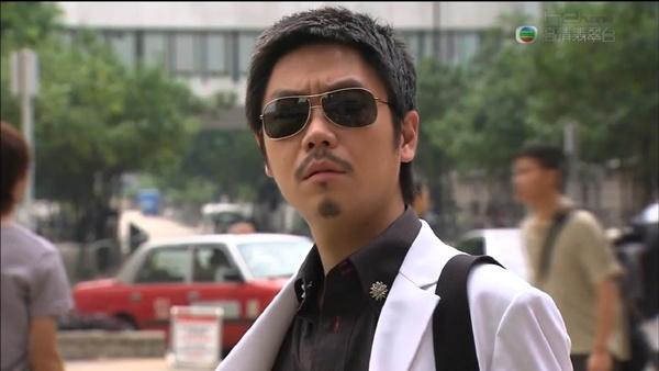 Nhung nhan vat kinh dien tren man anh TVB hinh anh 13