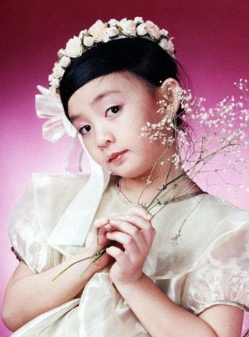 Dung bien Phuong My Chi thanh Angela Phuong Trinh thu hai hinh anh 1