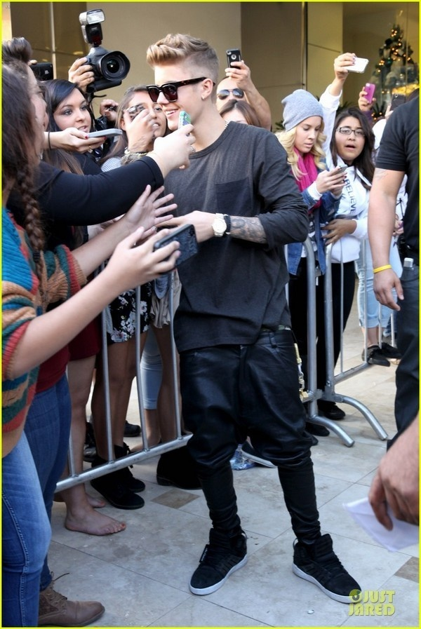 Fan ta hoa vi Justin Bieber tiet lo bo ca hat hinh anh 2