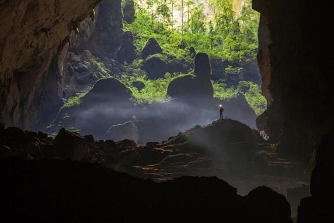 'Son Doong xung dang duoc bao ton that tot' hinh anh 2 Các đơn vị lớn như National Geographic, Telegraph, Daily Mail đều đã có bài viết, ảnh và video về cảnh đẹp siêu thực trong hang Sơn Đoòng. Ảnh: Telegraph.