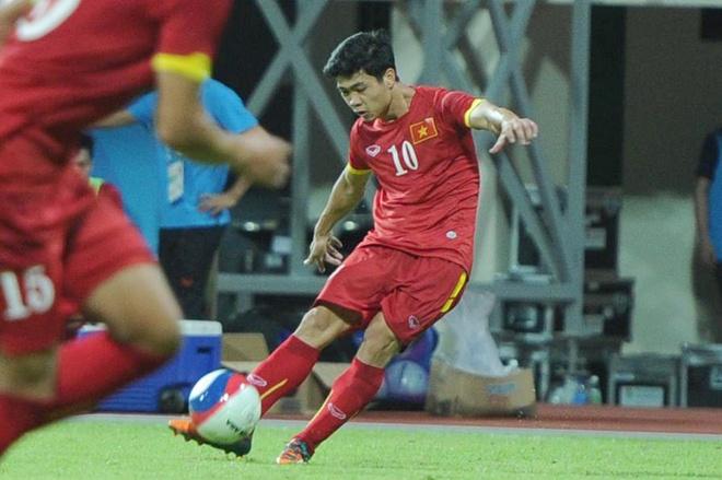 'Xin U23 Viet Nam dung chu quan, kieu ngao' hinh anh