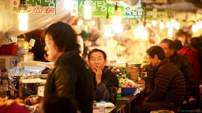Seoul - thanh pho dang song nhat the gioi hinh anh 2 Thưởng thức những món ăn lạ miệng ở Seoul.