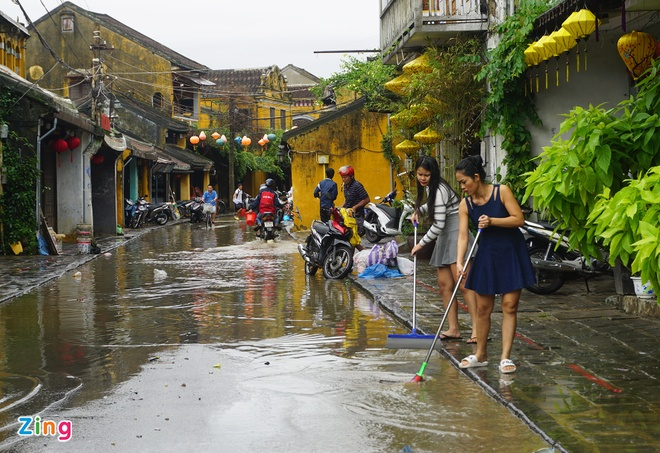 Kich ban xau nhat: Mien Trung co the hung chiu con bao so 13 hinh anh 3