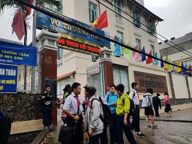 Cong van khan: Hoc sinh Sai Gon nghi hoc tranh bao tu sang 25/12 hinh anh 1