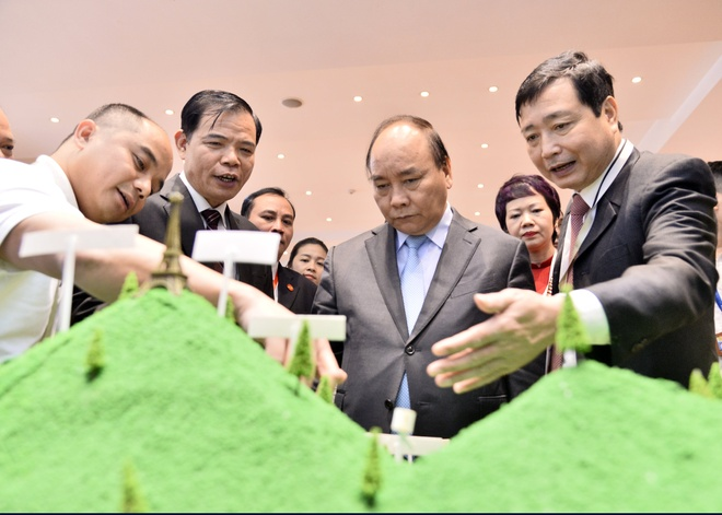 Thu tuong: Chong bao lu phai sat dan thay vi alo chi dao hinh anh 3