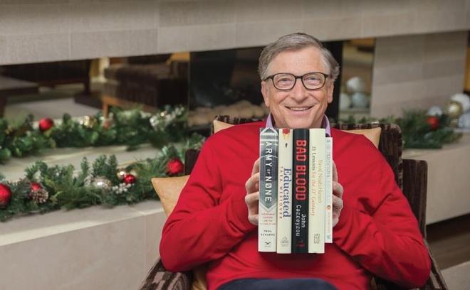Trong 100 phut, Bill Gates kiem tien bang nguoi khac cat luc ca doi hinh anh 9