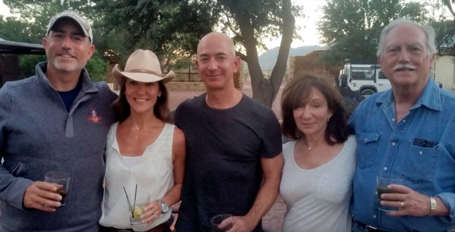 Cuoc doi thang tram cua cha duong ong chu Amazon Jeff Bezos hinh anh 1