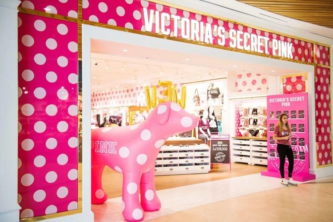 Diem lai nhung thang tram cua Victoria's Secret hinh anh 33