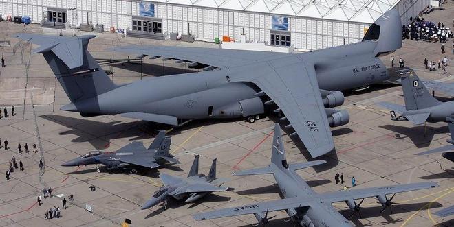 Antonov An-225, B-52 va nhung chiec may bay lon nhat the gioi hinh anh 1