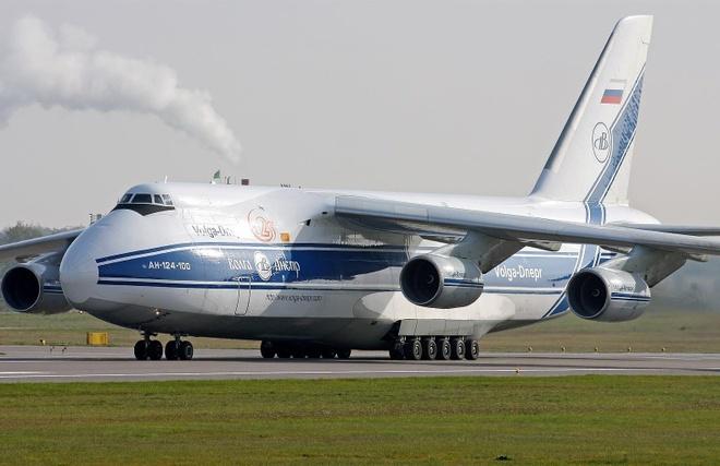 Antonov An-225, B-52 va nhung chiec may bay lon nhat the gioi hinh anh 18