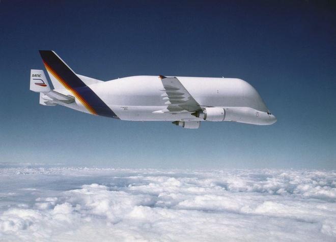 Antonov An-225, B-52 va nhung chiec may bay lon nhat the gioi hinh anh 23