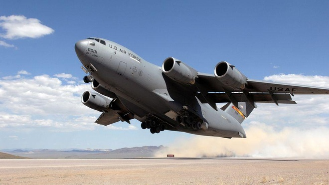 Antonov An-225, B-52 va nhung chiec may bay lon nhat the gioi hinh anh 26