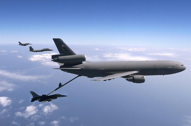 Antonov An-225, B-52 va nhung chiec may bay lon nhat the gioi hinh anh 30