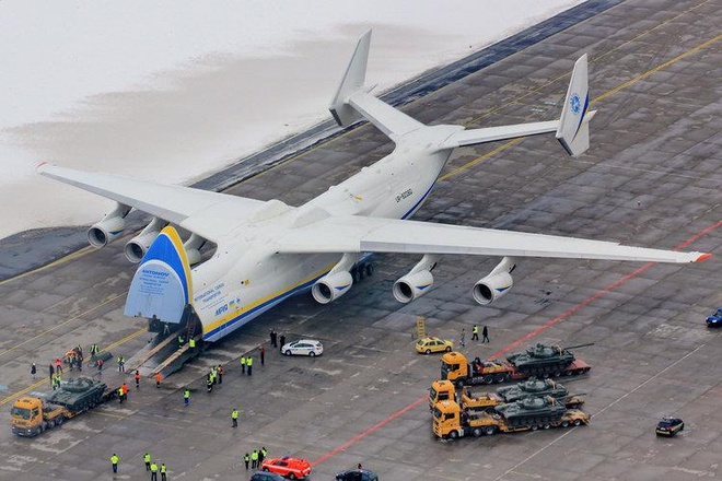 Antonov An-225, B-52 va nhung chiec may bay lon nhat the gioi hinh anh 5