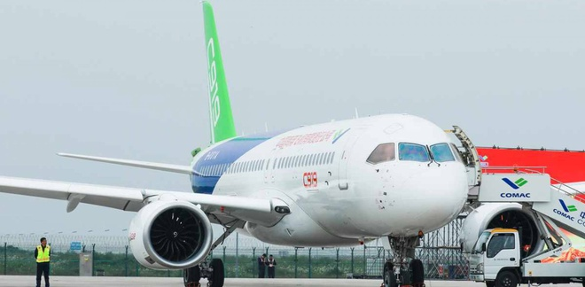 doi thu cua Boeing va Airbus anh 1