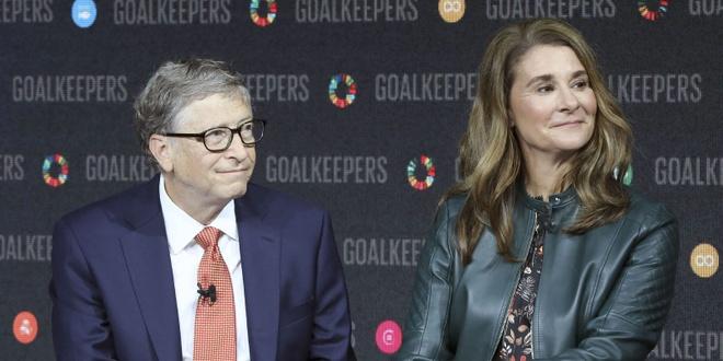 Bill Gates chi them tien chong Covid-19 anh 1