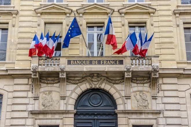 Pháp - 2.436,1 tấn: Tổng số vàng của Pháp tương đương 65% dự trữ ngoại hối nước này. Phần lớn số vàng này được chính phủ Pháp mua trong thập niên 1950-1960 và được lưu trữ trong các kho của Ngân hàng Trung ương. Ảnh: Yahoo Finance.