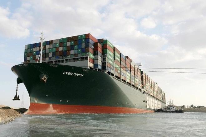Tàu Ever Given được giải phóng hoàn toàn, kênh Suez sắp mở cửa trở lại - Kinh doanh