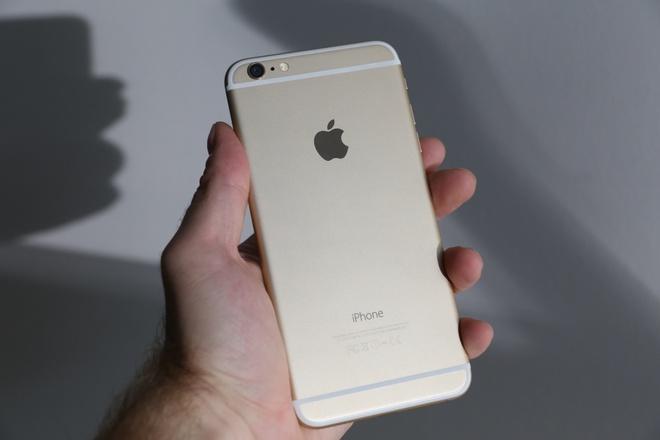 Cap doi cuop iPhone 6 cua be gai ra tu thu vi an han hinh anh