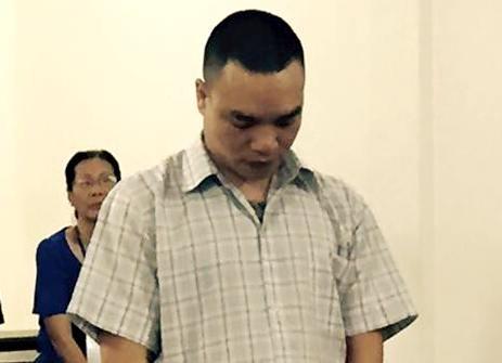Linh an vi 'giup suc tinh than' cho dong bon chem cong an hinh anh 1