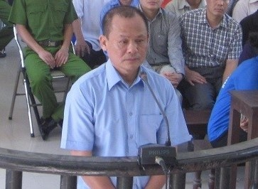 Tang an voi trum xa hoi den Minh 'Sam' hinh anh