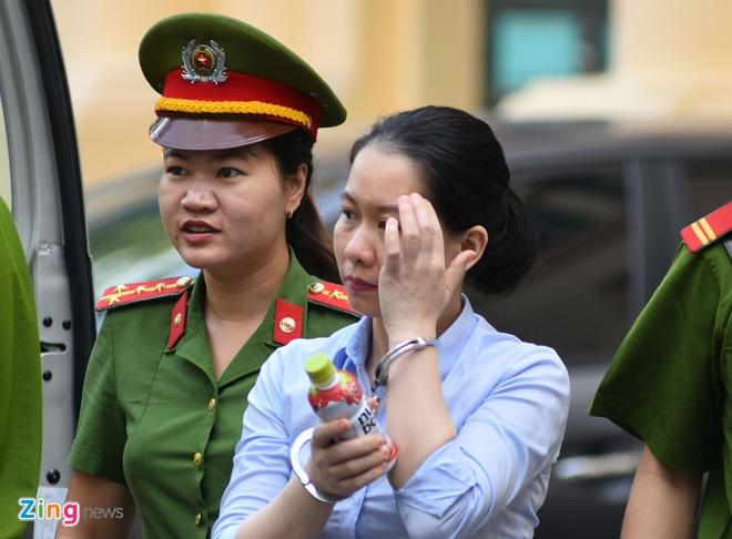 Cuu TGD Oceanbank: 'Moi lan chi cho Vietsovpetro 10.000-20.000 USD' hinh anh 1
