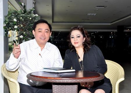 Dung 'lo voi': Dai gia khung, on ao, lam thi phi hinh anh