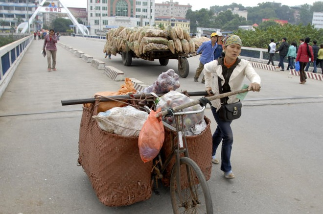 Chenh so lieu nhap hang Viet Nam va Trung Quoc do dau? hinh anh 1