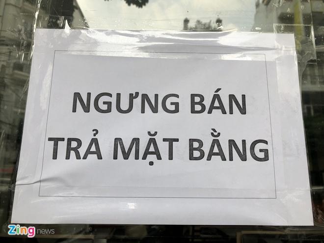 Bi to no luong va nha cung cap, Mon Hue dong cua tai TP.HCM hinh anh 1